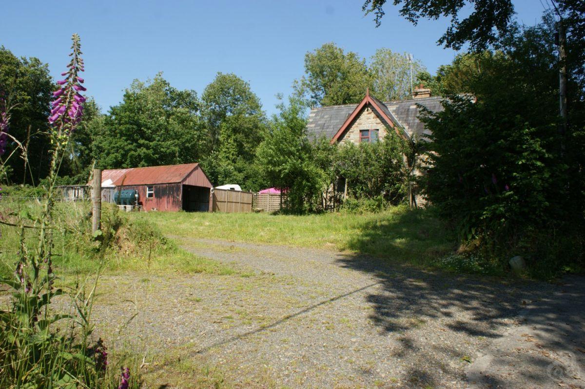 Cottage for sale Rhuddlan, Llanybydder Ceredigion